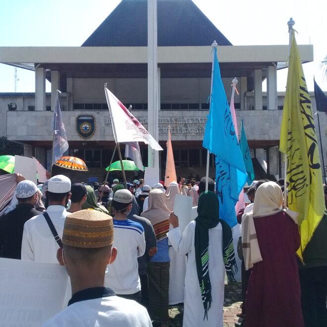 Umat Islam Sumsel Gruduk DPRD Sumsel: HIV Merusak Imun, Kalau HIP Merusak Iman Dan Negara Indonesia