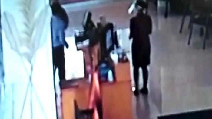 Inilah Detik-detik Pegawai Hotel di Cianjur Dipukul Sopir Anggota DPRD Jabar