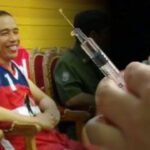 Haris Rusly Moti Usul Vaksin dari Cina Diujicobakan Dahulu ke Presiden Jokowi serta Menterinya