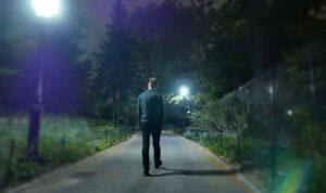 Pemuda Ini Hobi Keliling Kampung Usai di-PHK Karena Pandemi, Ternyata Sedang Memantau...