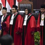 Jokowi Minta MK Tak Terima Gugatan UU Ciptaker, Don Adam: Bapak Paham Tidak Trias Politica?